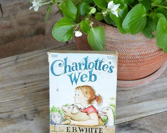 Vintage Charlotte's Webb by EB White Book