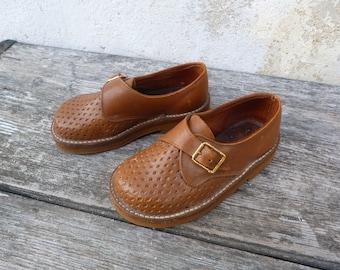 Vintage Antique 1930/30s boy shoes/ brown leather