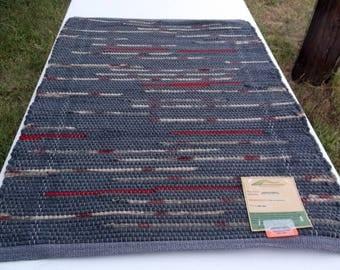Handwoven Wool Rag Rug, (Queen of Hearts,37)-290s