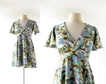 20% off sale 70s Mini Dress | In the Realm of Dreams | Novelty Print Dress | XS S