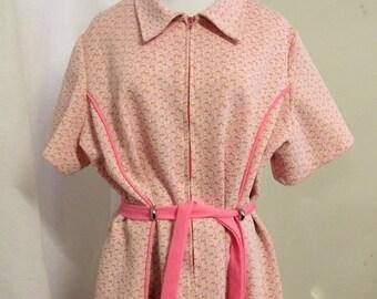 Vintage Pink Womens Dress with Belt - larger size