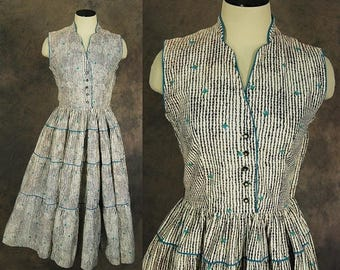 3 Day SALE vintage 50s Dress - 1950s Gingham and Floral Day Dress Square Dance Dress Sz S