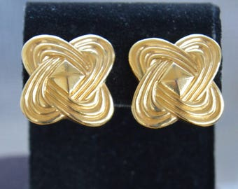Gold tone Knot Clip Earrings, Vintage (TB233)