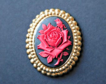 Red Rose Cameo Magnet