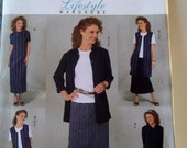 Full Figure Women's Wardrobe Butterick B4142 Easy Sewing Pattern Lined Top, Elastic Waist Skirt& Pants, Jacket, Vest Plus Size 20 - 24 UNCUT
