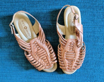 woven leather sandals, vintage huarache sandals, boho brown slingback sandals, size 7.5 shoes