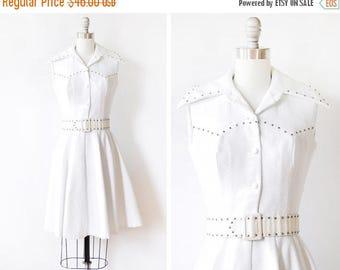 20% OFF SALE white mod dress, vintage 70s mod scooter dress, 1970s sleeveless dress, extra small