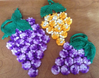 Vintage Lace Crochet Bottle Cap Trivet, Bunch of Grapes with Leaves, Variegated Purple/Green or Yellow/Green