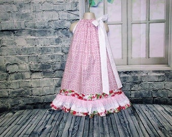 SALE Free Ship!! Girls Dress 6/7 Pink White Design Flowers Pillowcase Dress, Pillow Case Dress, Sundress Boutique Dress