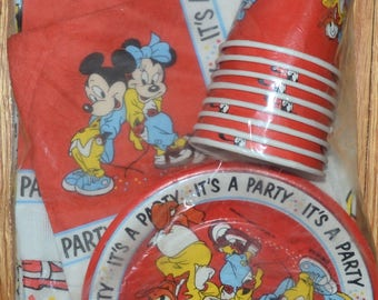 New Vintage disney MICKY MOUSE Partyware birthday party