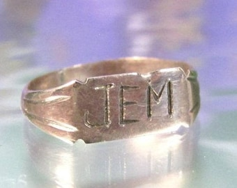 Vintage 10K Baby Ring Engraved Jem Yellow Gold Child's Antique Very Small
