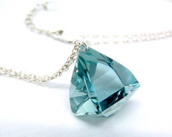 Minimalist necklace aquamarine and sterling silver