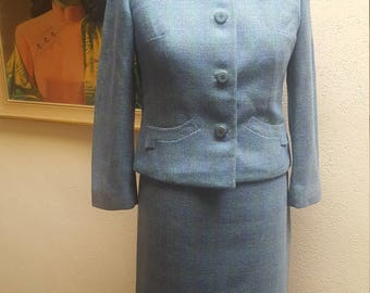 Miss Blackbird....vtg 60's Tailor Brooke for Liebes Turquoise Tiffany Blue Tweed Pan Am Jackie O Tweed Skirt Suit...sz S/M 38 bust 29 Waist