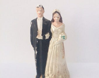 SALE Vintage 1940s bride and groom wedding cake topper. Black and white.