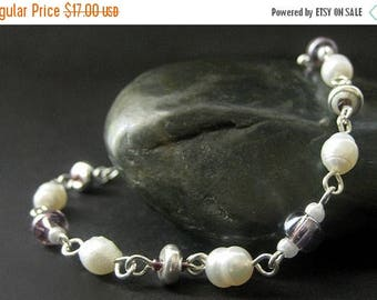 SUMMER SALE Handmade Beaded Bracelet - Pearl and Purple. Handmade Bracelet.