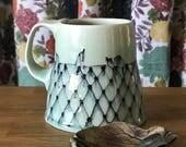 Bird on the Wire Lattice Mug Blue Celadon