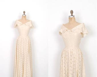 MEMORIAL WEEKEND SALE... Vintage 1930s Dress / 30s Eyelet Lace Wedding Dress / Cream (small S)