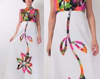 30% Off FLASH SALE Vintage 70s FLOWER Power Maxi Dress 1970s Floral Applique Dress Hippie Cut Out Keyhole Dress Sleeveless Colorful White Ap
