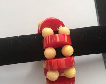 Artisan bakelite red & cream stretch bracelet