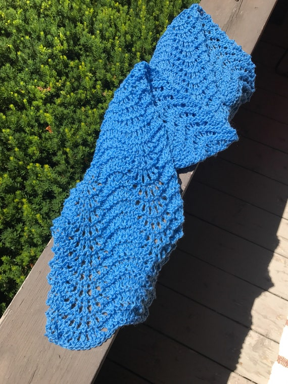Summer blue ocean waves lace hand knit scarf