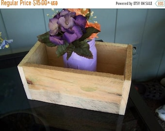 2 DAY SALE ONLY table centerpiece / rustic planter box / mason jar holder / Wood box / home decor / wedding decorations /flower box / countr