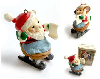 Avon Mouse Keepsake Ornament, 1983 Avon Melvin P MerryMouse Ornament, Avon Collectible Ornament, Melvin the Mouse Ornament on Walnut Sled