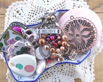 Vintage Jewelry Lot - Shabby Chic  - Lot - Pink Findings - Believe Charm - Flowers - Pearls - Vintage Jewelry Destash - D234
