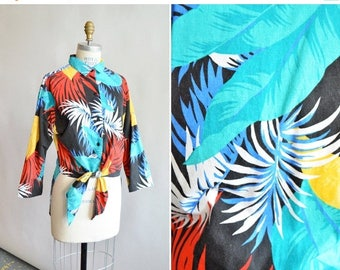 25% off Storewide // SALE / Vintage 1980s TROPICAL print cotto shirt