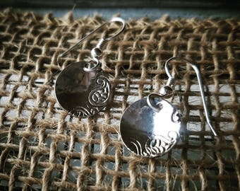 """Paisely Patterned Sterling Silver 1/2"""" Earrings"""