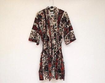 SALE Vintage 1970s Floral Paisley Nylon Robe
