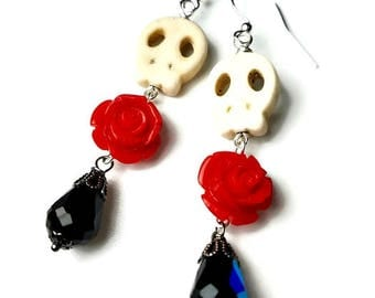 White Skull Earrings, Red Rose,  Day of the Dead Jewelry,  Dia de los Muertos, Skulls with Roses, Sugar Skull,  Dangle Earrings