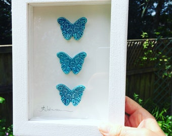 Ceramic butterfly picture - White wooden tulip wood frame