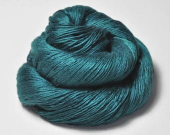 Giant clam closing forever -  Fleece Silk Lace Yarn - LIMITED EDITION