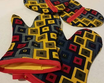 Kitenge oven mitts and pot holder 4 piece set