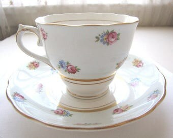 Colclough Teacup and Saucer Set - Bone China - Vintage English China - Fine China From AllieEtCie