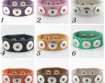 Noosa style 24 CM full grain leather bracelet with 3 Snap base that fit Ginger snaps and other 18-20 mm snap charms.