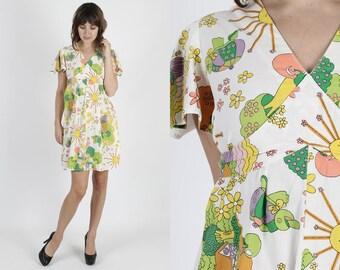 White Dress Sun Dress Summer Dress 70s Dress Cotton Dress Vintage 70s Mod Dress Boho Bohemian Hippie Graphic Day Festival Mini Dress M