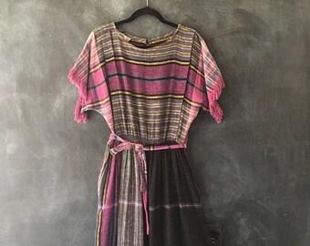 SALE 80s Woven Cotton Gauze Midi Dress PLaid Belted High Waisted Boho Hippie Fringe Dress Ladies Size M/L