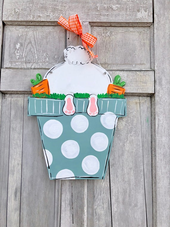 Hand painted, personalized, Easter, Bunny, door hanger, wall sign or Easter decoration, spring door hanger, welcome spring, bunny buns