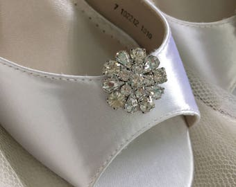 Wedding Shoes  Clips - Crystal Wedding Shoes - Bridal Shoe Clips - Wedding Shoes - Wedding Heels - Shoe Clips - Petite Wedding Shoe Clips