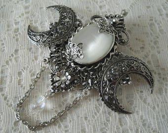 Crescent Moon Brooch, victorian jewelry edwardian jewelry art nouveau jewelry art deco  brooch gothic goth steampunk neo victorian brooch