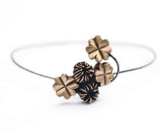 Delicate lucky clover bangle bracelet