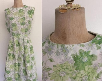 20% OFF 1950's Green Floral Acetate Fit and Flare Vintage Dress Size Small Medium by Maeberry Vintage