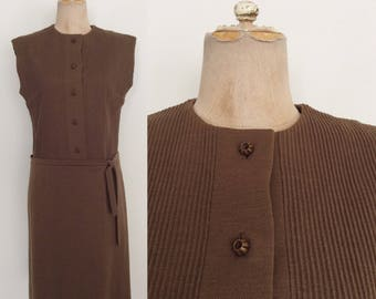 1970's Brown Ribbed Shift Dress Dropwaist Vintage Dress Size Medium by Maeberry Vintage