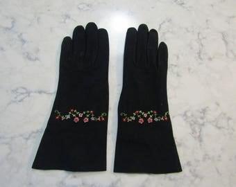 """Vintage 1950's Point de Beauvais Black Kid Suede Leather 10"""" Length Gloves---Size 7--Auction #5158-1217"""