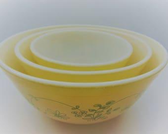 Vintage Pyrex Shenandoah  Mixing Bowls