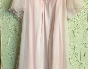 Pretty in pink Sears Vintage Peignoir pale pink gown and matching robe size 36