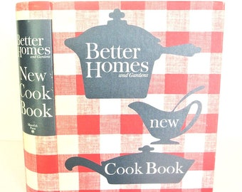 Vintage cookbook, Better Homes and Gardens New Cook Book, 1962  edition of a 1953 mid-century classic, excellent condition
