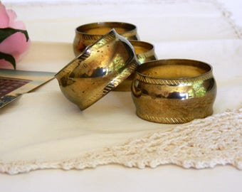 Brass Napkin Rings. Tea Party Tableware. Vintage Housewares. Housewarming Gift. Kitchen and Dining Table Accessory. Home Accent.