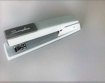 Cool Vintage Swingline  Retro Desk Stapler